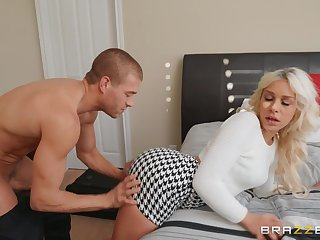 Blonde Carmen Caliente moves her dress for a long and strong penis