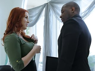 Edyn Blair does anything possible to seduce and fuck her married boss