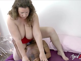 Mature lady got her hungry pussy drilled with huge black cock