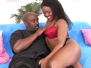 Extremely wild black whorish GF Charlie Rae loves intense missionary