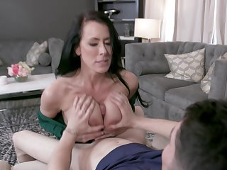 Let mommy spin that dick and swallow your jizz