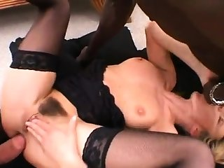 Interracial anal bang in threesome
